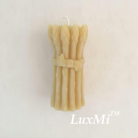 Asparagus Bunch - pure beeswax candle