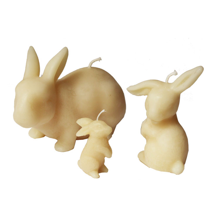 Flopsy Ear Rabbit - prue beeswax candle
