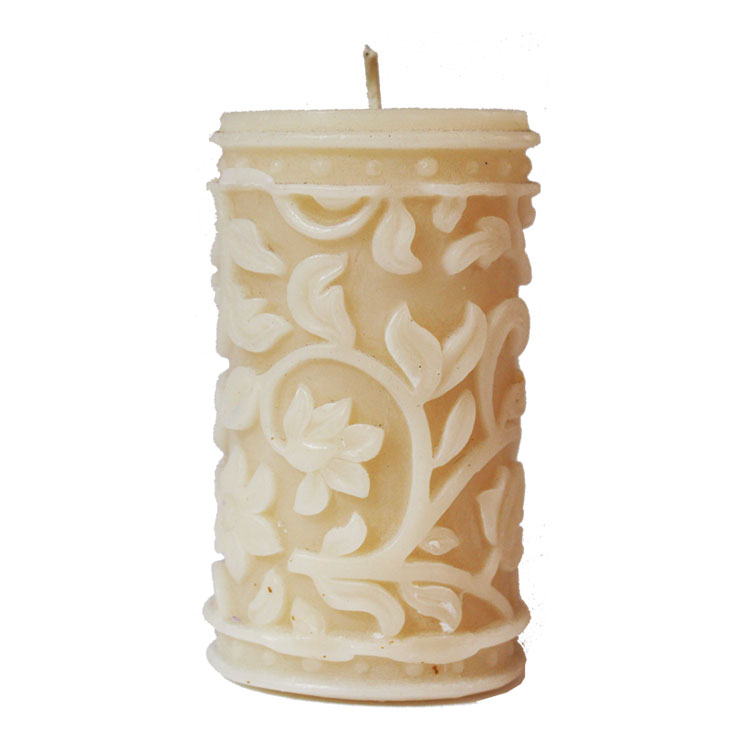 Baroque - hand poured pure beeswax candle