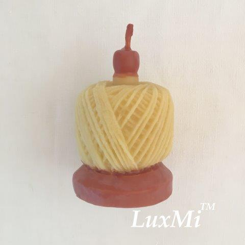 Spin a Yarn - pure beeswax candle